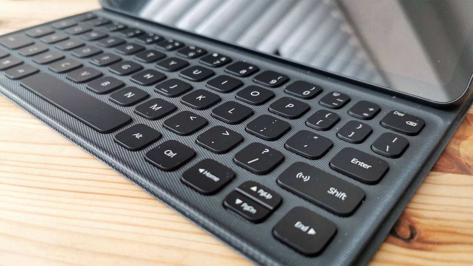 The detachable keyboard comes bundled with the MatePad 11 in most regions