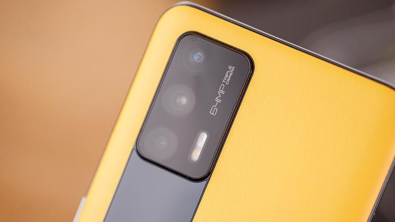 Realme GT cameras